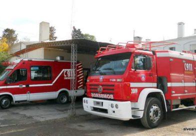 Rescatan a dos nenes de un incendio en su casa de Bowen
