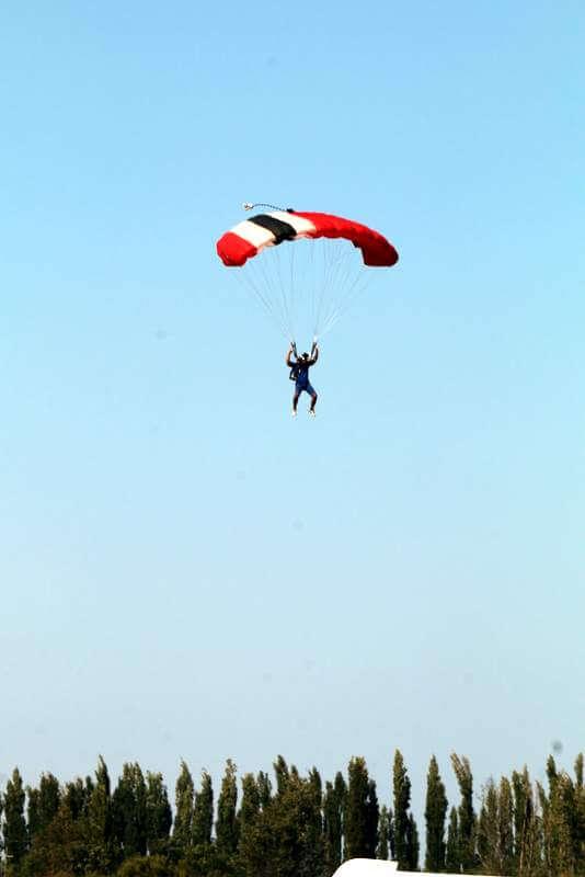 Paracaidas Aero Club Alvear