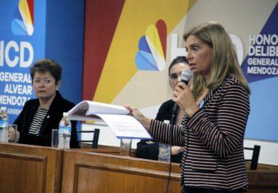 Laura Montero brindó una charla por la equidad y el rol de la mujer.