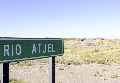 La Corte Suprema hizo un relevamiento aéreo en el río Atuel