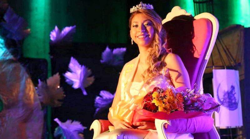El Juncalito coronó a su reina