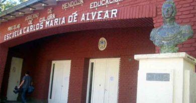 Escuela Carlos María de Alvear