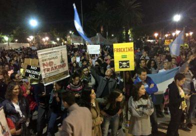 Una multitud le dijo no al Fracking