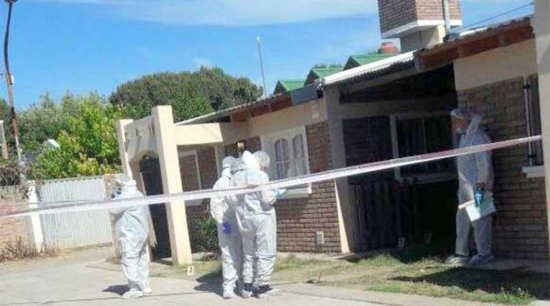 policía mató a su mujer de un balazo