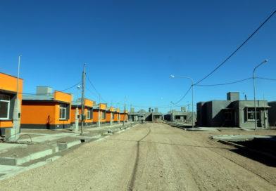 Sortearon las viviendas del Barrio Centenario