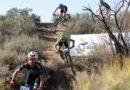 Mountain Bike del bueno en el desafío del Trapal