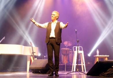 Jairo deleitó al público con sus 50 años con la música