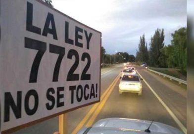 Bicicleteada y caravanazo para defender la ley 7722